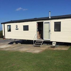 3 bedroom deluxe caravan